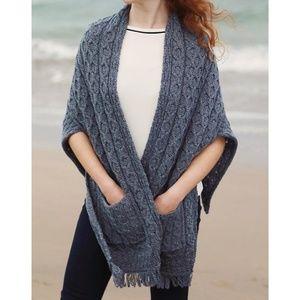 Aran Merino Wool Shawl Wrap with Pockets 0384